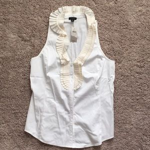 Ann Taylor white and cream sleeveless button up